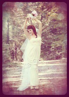 Fashion Wedding Bridal Sessions/Engagement Photography - http://www.elite-studios.com/
