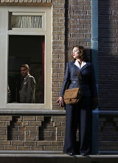 Chad Michael Murray & Hayley Atwell in 'Agent Carter' x Hayley Atwell Peggy Carter, Haley Atwell, Marvel Funny, Marvel Memes, Marvel Dc, Daniel Sousa, Lyndsy Fonseca, Wanda And Vision, Chad Michael Murray