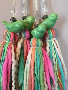 The Craft of Quilt Templates; Diy And Crafts, Arts And Crafts, How To Make Tassels, Diy Tassel, Linen Bag, Fabric Jewelry, Love Crochet, Wooden Beads, Crafty