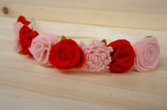 Light Pink and Red Felt Flower Crown Valentine от CharminglyJax