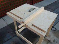 Taller en casa: Una sierra de mesa casera, plegable y transportable