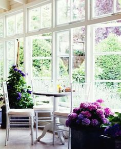 Large windows with lots of light
