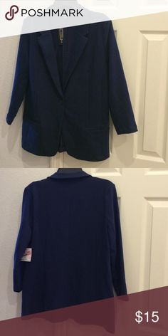 """Navy Blue Jacket NWT Navy blue single button jacket made of 68% cotton, 27% polyester, and 5% spandex. The sleeves measure 20"""" from top and 11"""" under the arm. The front panel measures 28"""". There are two front pockets. Metaphor Jackets & Coats Blazers"""