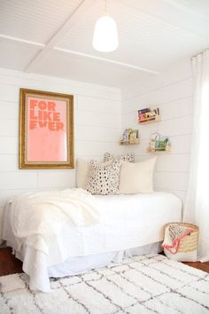 Real Room Inspiration: Nursery Plus Guest Room Dual-Purpose Spaces - Real Room Inspiration: Nursery Plus Guest Room Dual-Purpose Spaces Cute Office Decor, Decoration Inspiration, Aesthetic Rooms, Minimalist Bedroom, Plywood Furniture, Dream Rooms, My New Room, Guest Room, Bedroom Decor