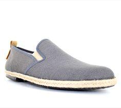 Chaussures d'été PETER BLADE SAINTROP Taupe : chez vous pour 49 € seulement ! http://www.peterblade.com/chaussure/homme/saintrop_taupe/detente/taupe/toile/dolce_vita/259