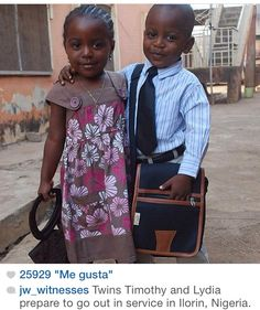 Adorable twins Timothy and Lydia prepare to go out in service in Ilorin, Nigeria. Precious Children, Beautiful Children, Beautiful People, Beautiful Moments, Public Witnessing, Matthew 24 14, Jehovah S Witnesses, Jehovah Witness, Kingdom Hall