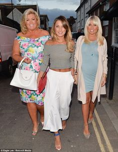 Sam and pregnant Billie Faiers show off their tans in spring colours Pale Blue Dresses, Nice Dresses, Gemma Collins Clothes, Celebrity Photos, Celebrity Style, Jess Wright, Lauren Pope, Louise Thompson, Chloe Sims