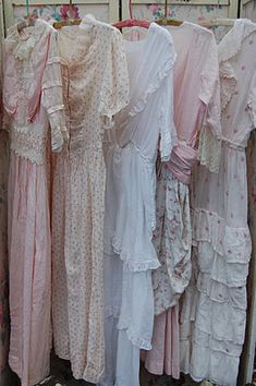 isabellang.blogspot I would live in these dresses... With aprons over them of course! I'm not impractical ;)