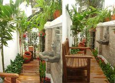 jardim lateral corredor estreito