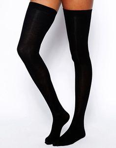 ASOS Overknee-Socken (8,49 €)