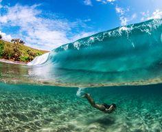 looks very inviting surf Kauai Hawaii, Hawaii Travel, Hawaii Pics, Blue Hawaii, Bali Travel, Surfs, Underwater Photography, Ocean Beach, Belle Photo