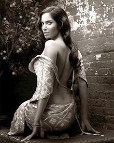 Padma Lakshmi's Throwback Modeling Shots Are Timeless
