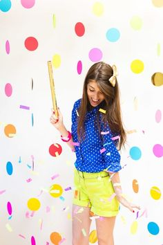 Floating Confetti Backdrop | These DIY photo booth ideas will make your next party way more fun! Rally up your family and friends and choose from one of these snapshot-worthy picks!