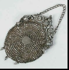 Victorian Sterling Mesh Purse in Repousse Floral Frame With Chain Handle and Three Teardrop-Shaped Beads Hanging From the Bottom of the Purse, Sterling Silver. Vintage Purses, Vintage Bags, Vintage Handbags, Vintage Outfits, Vintage Jewelry, Vintage Fashion, Vintage Silver, Antique Silver, Moda Hippie