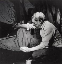 """rare photo of picasso at work. here painting """"Guernica"""". 1937"""