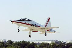 A student at Empire TPS blogs about USNTPS: The final hurdle! With a month to go, our last challenge was a plan, test and report exercise on an unfamiliar aircraft. Enter the T-38C Talon! #flighttest