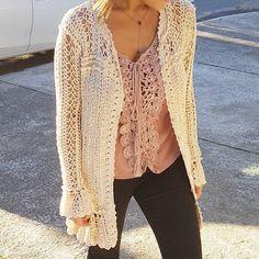 #GetTheLook blusa Venus + Cardigan Boheme ❤✨ #VanessaMontoroCrochet #Authentic #Timeless #Handmade