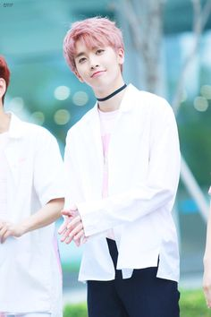 XIAO | 샤오 | UP10TION | T.O.P Media's photos – 55 albums | VK