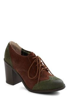 Oxford Common Heel from Modcloth, size 6.5. Only worn a couple times.