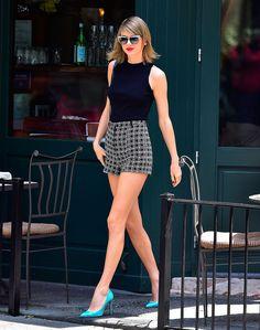 taylor swift looks mini tips moda celebridades Taylor Swift Moda, Estilo Taylor Swift, Taylor Swift Outfits, Taylor Alison Swift, Taylor Swift Clothes, Taylor Swift Style Casual, Taylor Swift Fashion, Taylor Swift New York, Taylor Taylor