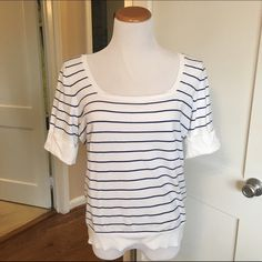 Banana Republic spring sweater top Banana Republic short sleeve, lightweight spring sweater with button detail at sleeve and navy/white stripe pattern. Lightweight, comfortable, and great for spring. EUC - worn 1-2 times. Hand wash cold, reshape and dry flat. Banana Republic Sweaters Crew & Scoop Necks