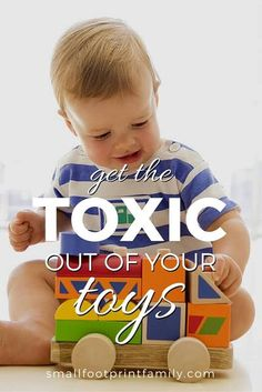 Made from petroleum, most plastic toys contain toxic phthalates, BPA, fire retardants, and other chemicals that are neither safe for kids nor eco-friendly. Click to find non-toxic alternatives! #greenliving #greenparenting #ecofriendly #sustainability #gogreen #naturalliving #nontoxic #greenbaby #safetoys #christmas #giftgiving