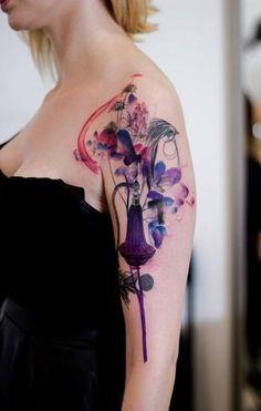 Schulter Vogel Aquarell Tattoo von Dead Romanoff Tattoo