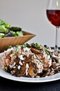 Red Wine + Goat Cheese Risotto with Caramelized Mushrooms I howsweeteats.com