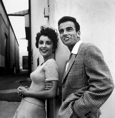 Movie stars Elizabeth Taylor and Montgomery Clift, 1950s. via wehadfacesthen tumblr
