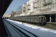 BMT Sea Beach Line (N) - 18th Avenue Station - Brooklyn, NY  (01-20-1982)