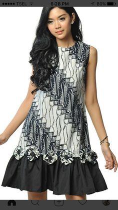African Print Dress Designs, African Print Dresses, African Dress, Simple Dresses, Pretty Dresses, Casual Dresses, Fashion Dresses, Batik Kebaya, Batik Dress