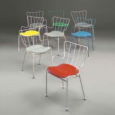 Antelope chairs by Ernest Race, at Festival of Britain Use of shaped steel rods was an innovation in British furniture prod, althought the moulded plastic seat owes much to Eames Metal Chairs, Cool Chairs, Modern Furniture, Furniture Design, Garden Furniture, Outdoor Chairs, Dining Chairs, Wire Chair, Interior Design Magazine