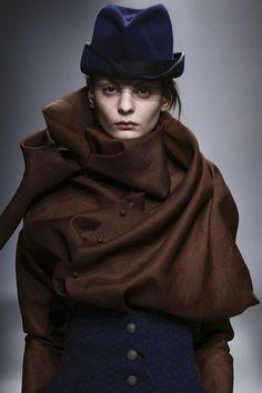 Aganovich Ready To Wear Fall Winter 2015 Paris