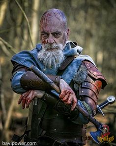 "If anyone said ""Death is no big deal"" and wanted to make an ultimate sacrifice in the battle, it's the Vikings. Character Poses, Character Concept, Character Art, Vikings, Medieval Fantasy, Dark Fantasy, Fantasy Inspiration, Character Inspiration, Larp"