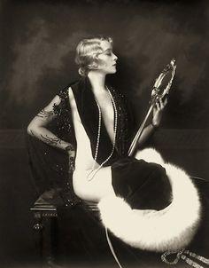 Muriel Finley (aka Murrel Finely) – 1920s – by Alfred Cheney Johnston