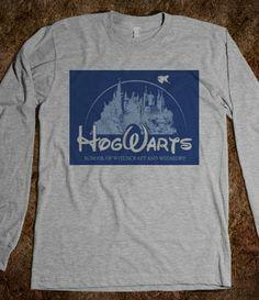 Hogwarts (Harry Potter) http://skreened.com/phantastique/hogwarts-harry-potter/hogwarts-harry-potter