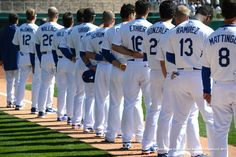 Los Angeles Dodgers on Dodgers Win, Dodgers Nation, Dodgers Baseball, Sports Baseball, Baseball Players, Sports Teams, Basketball, No Crying In Baseball, Baseball Live