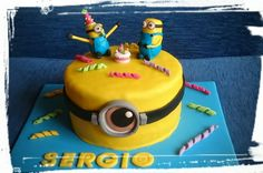 Minion's cake