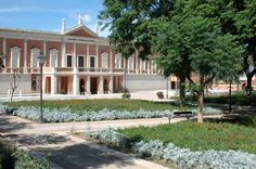Galleria comunale d'arte all'interno dei Giardini Pubblici di Viale San Vincenzo Peggy Guggenheim, Alphabet Art, Color Lines, Sardinia, Line Art, Venice, Sidewalk, Mansions, House Styles