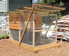 The Garden Ark was one of the grand prizes in Portland's Tour de Coops in 2009