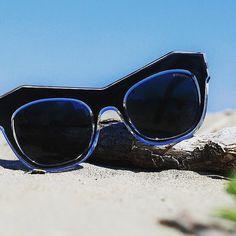The FUTURE _PE 7318  is a bridge between past and present, nostalgia and innovation.⠀ #penelopesunglasses #sunglasses
