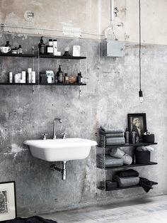 Raw industrial bathroom