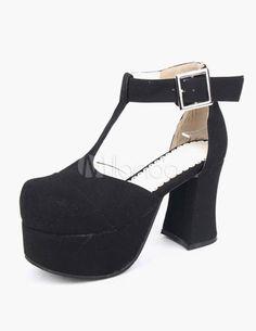 Chaussures lolita noir à talons épais