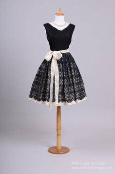 1950s Black and White Linen Vintage Party Dress