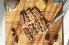 Te enseño a preparar en 20 minutos unas barritas energéticas de avena saludables y dulces. Rico en hierro, potasio, omega 3, totalmente vegano y sin azúcar.