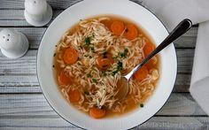 TAPENDA Przepisy Kulinarne na każdy dzień: Zupa pomidorowa z lanymi kluseczkami