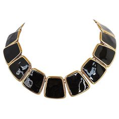 Pre-Owned Monet Black Enamel Collar 1972 ($235) ❤ liked on Polyvore featuring jewelry, necklaces, gold jewelry, yellow gold necklace, yellow gold jewelry, gold jewellery and gold necklace