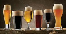 Hablando de cerveza, ¿rubias o morenas? La cultura cervecera en México va en ascenso. Sin embargo, la mayoría de los consumidores sigue comprando la bebida por una marca o, en la mayoría de los casos, por su color, bajo la falsa creencia de que eso determina su sabor, cuando en realidad intervienen muchos más factores.