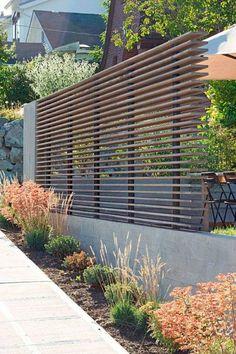 Incredible backyard patio garden privacy screen ideas (38)
