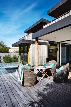Peter McDonald's contemporary beach house retreat  image 8